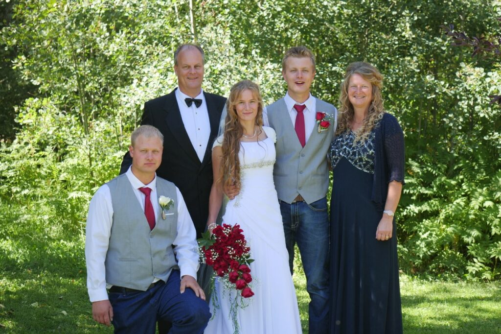 Fortunat Family Photo May2021